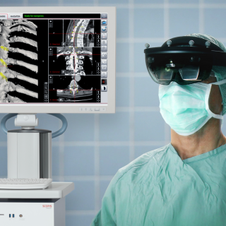 Scopis Holographic Navigation Platform_Surgeon
