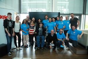 Gemeinsam mit Betroffenen und Experten: die drei Gewinnerteams (Foto: Faktor 3 AG)